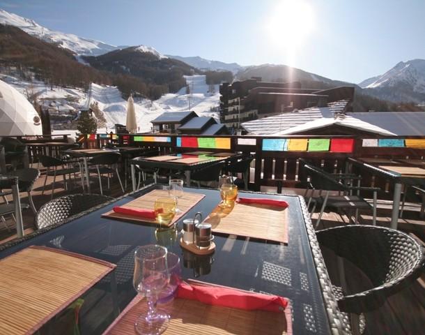 hotel-l-escale-blanche-terrasse-restaurant-50