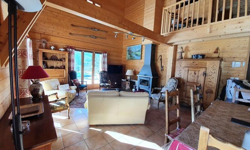 _ws-photos_FRANCE_les-orres_residences_chalet-chef-lieu-les-orres---maeva-particuliers_chalet-6-pieces-10-personnes---prestige_1_2250378