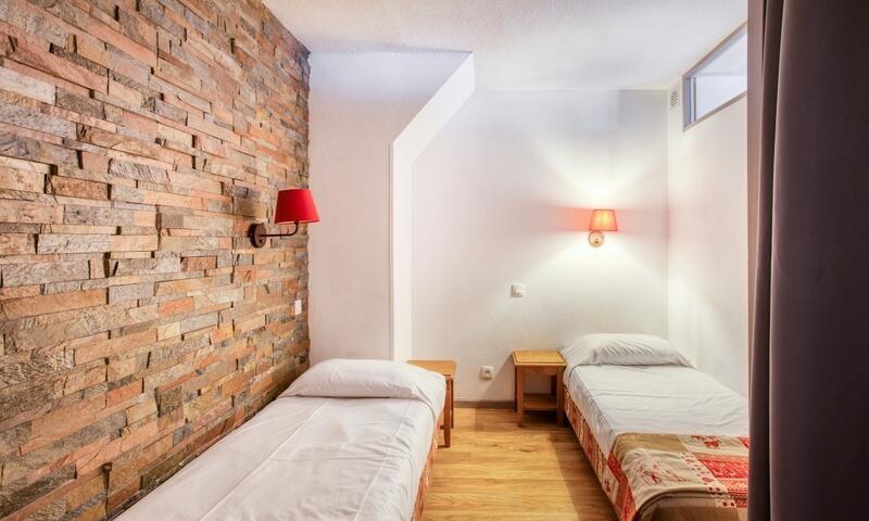 _ws-photos_HIVER_les-orres_residences_residence-les-monts-du-bois-d-or---les-colchiques_studio-4-personnes---confort_0_2753911