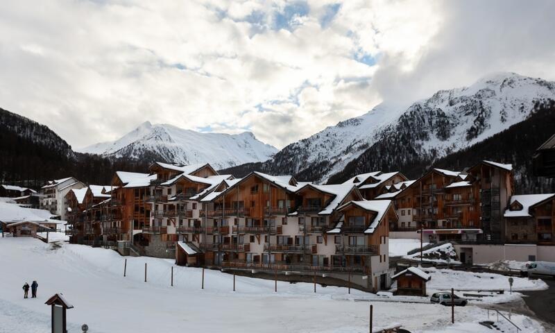 _ws-photos_HIVER_les-orres_residences_residence-les-monts-du-bois-d-or---les-colchiques_studio-6-personnes---confort_11_2753891