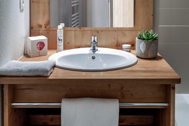 l-ecrin-des-orres-salle-de-bain-1-54180
