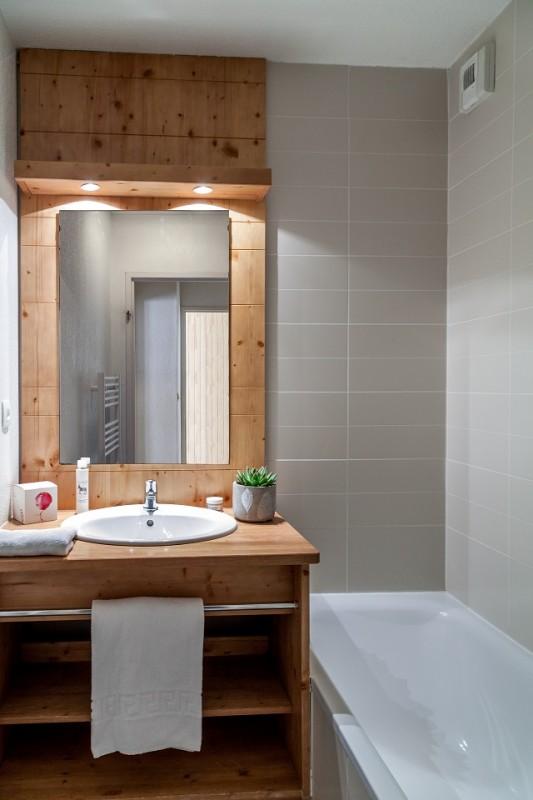 l-ecrin-des-orres-salle-de-bain-54187