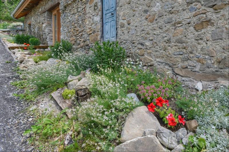 la-m-l-zi-re-jardin-c-t-hall-entr-e-2756527