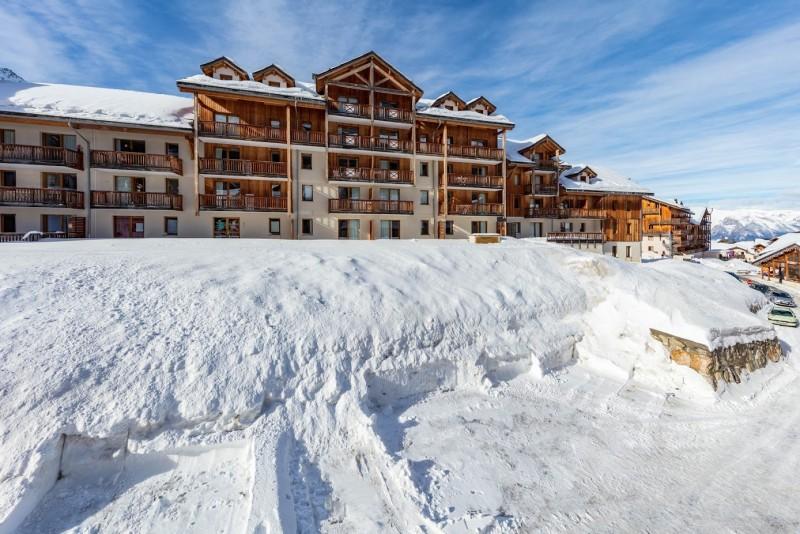 les-balcons-de-bois-mean-hiver-facades-exterieurs-10-719282