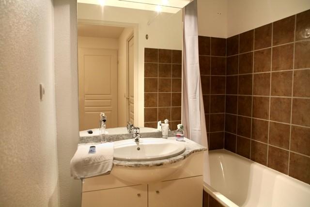 les-chalets-de-bois-mean-salle-de-bain-54130
